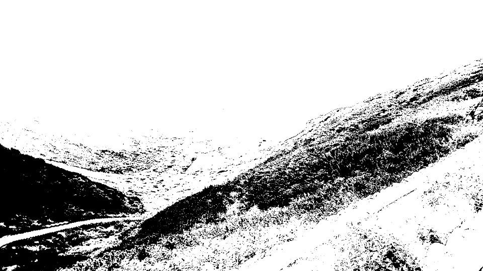 モノクロ平原.jpg